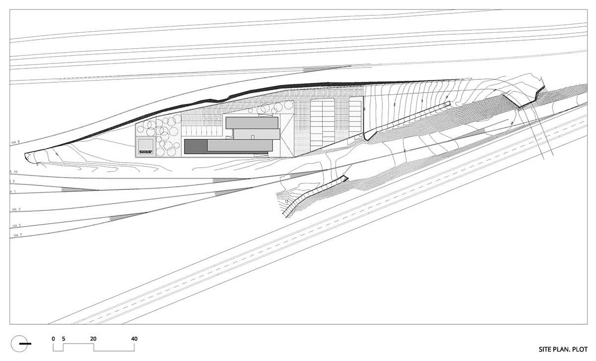 Plano Edificio Técnico y de Oficinas